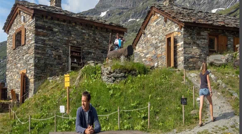 Le bivouac autour des refuges du Parc de la Vanoise