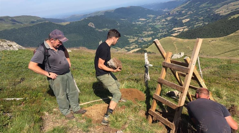 Aménagement du tracé du GR® 400 dans le Cantal